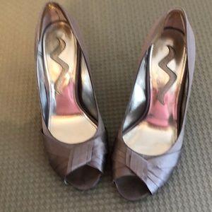 Nina woman's shoes size 6 1/2